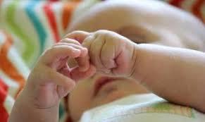 В първия ден на Великден 28-годишна жена от Пещера е родила момиченце
