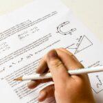 Изпитите след 7 и 12 клас няма да включват пълния материал от учебната година