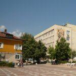 Младенов иска освобождаване от дължимия наем наемателите и ползвателите на общинска собственост с преустановена дейност