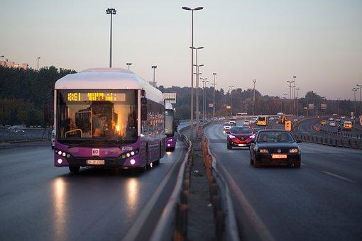 avtobus-dvizhenie.jpg