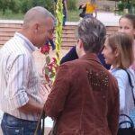 Без претенции и с много усет : Борис Стайков подари празник на пещерци