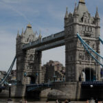Хиляди могат да загубят право да пребивават във Великобритания заради коронавируса