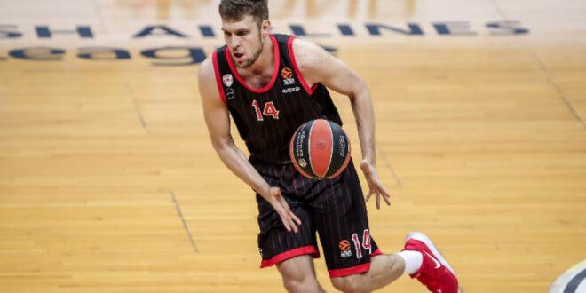 Български национали ще играят в Евролигата следващия сезон