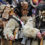 В събота : В Пещера кукери ще гонят зли сили със страшни костюми