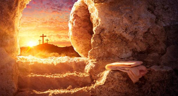 Йордан Младенов : Честито Възкресение Христово!