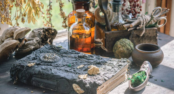 На Еньовден пещерци почитали слънцето, билките и водата