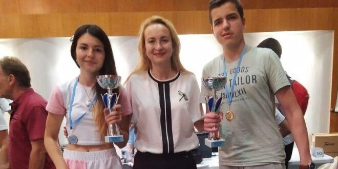Трикратната световна шампионка Антоанета Стефанова връчи Сертификат за майсторство на Пламен Стоянов